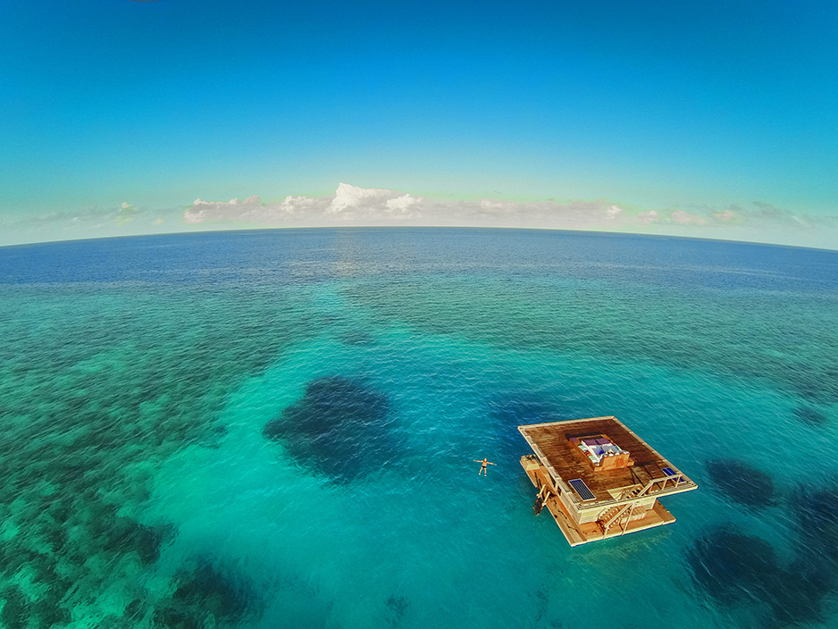 Floating hotel and surrounding reef - Aerial photo